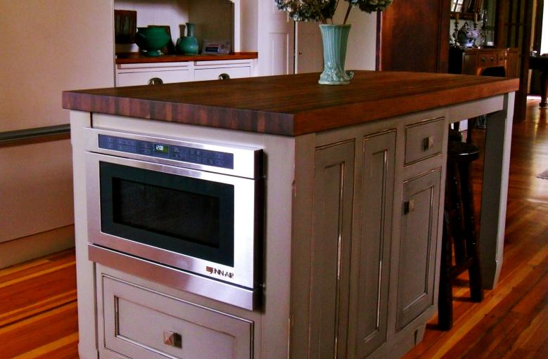 antiquing kitchen cabinets cascade island cabinet creations 1304